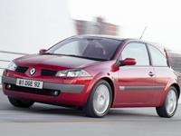 Фотографии автомобильных ковриков для Renault Megane
